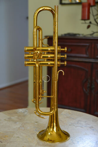King 601 USA Trumpet - Recently serviced, Ready to play, Very clean.
