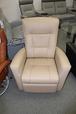 Fjords Ulstein Zero Gravity Power Recliner Chair Nordic Line Sandal Leather