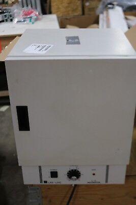 Lab-line L-c Incubator Model 203