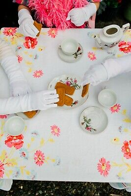 Girl's Tea Party Dress Up Polyester Long White Gloves 1 Pair Toys Costume SPRING
