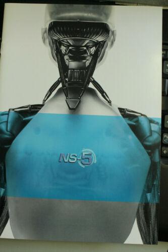 I ROBOT 2004 MOVIE PROMOTIONAL 12 PAGE SLICK BOOKLET MINT PROMOTING ROBOT NS-5