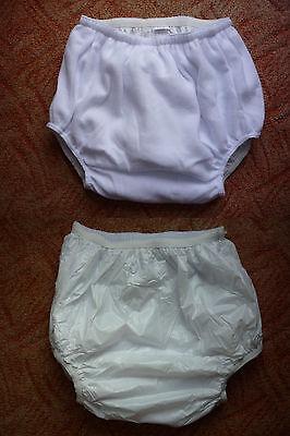 Adult Gummi (Adult Baby,Inkontinenz,PVC Fliess Windel Slip,Gr.M.weiß Lack Pants,Gummihose)