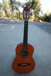 Valencia Classical Full Size Guitar Beaconsfield Upper Cardinia Area Preview