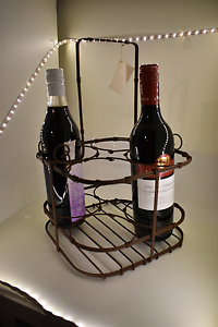 NEW Rustic 4 Bottle Wine Carrier 12 available Cloverdale Belmont Area Preview