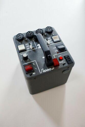 Dynalite 1000wi Kit 4040 Head Speedring Reflector