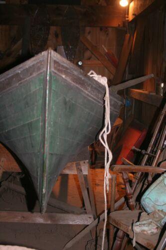 ANTIQUE  Adirondack guide boat 17 feet. 1898- 1906
