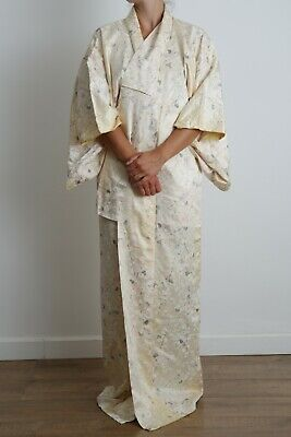 Authentic traditional vintage Japanese rinzu silk floral fan komon kimono