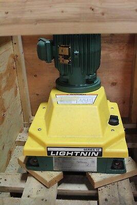 New Lightnin Series 10 Medium Top Entering 1 Hp 34 Rpm Closed Tank Mixer