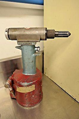 Cherry G784 .098 Pneumatic Hydraulic Power Riveter Rivet Gun Aircraft