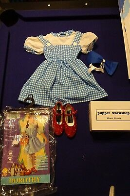 The Wizard of Oz Dorothy Halloween Costume size 2-4 toddler with Slippers Size 1 - The Oz Halloween Costumes