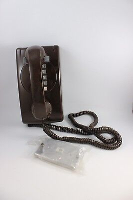 VINTAGE BROWN ITT PUSH BUTTON WALL PHONE WITH WALL PLATE Telefon Wall Plate