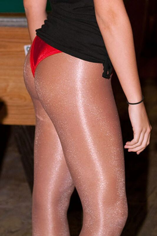 hooter girls in pantyhose № 175343