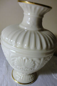 Lenox China Athenian Collection W 24k Gold Rim Vase 8 Quot Tall Made In Usa Ebay