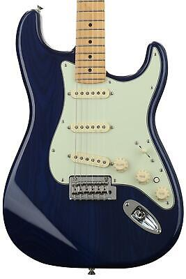 Fender Deluxe Stratocaster - Sapphire Blue Transparent with Maple Fingerboard (O