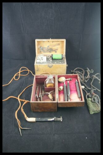ANTIQUE ELECTROMYOGRAPH 2 WOOD BOXES TOOLS INSTRUMENT MEDECINE PARIS c.1900