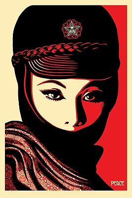 MUJER FATAL   SIGNED LITHOGRAPH   OBEY   FAIREY