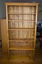 Wooden Bookshelf Farmborough Heights Wollongong Area Preview
