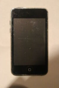 iPod Touch 8GB with Case & Protector
