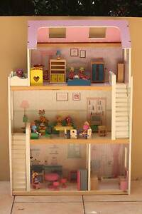 Dollhouse with wooden furniture and Lalaloopsy Dolls Manly Vale Manly Area Preview