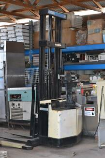 USED Hand Forklift