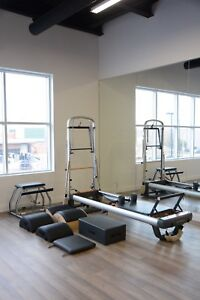 Peak PilateSystem Reformer + Accessories