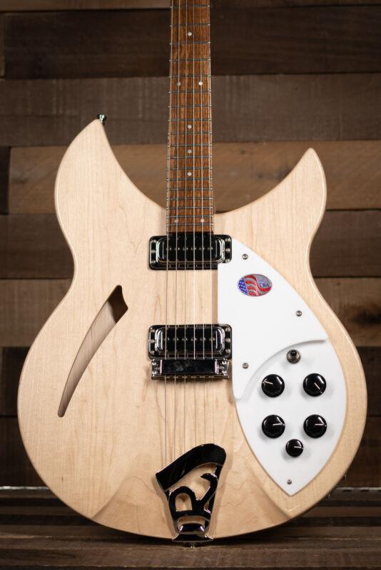 Rickenbacker 330 Thinline Semi-Acoustic, MapleGlo