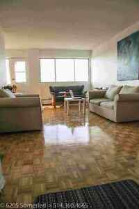 4.5-1 Bedroom Apartment ***Available for July***
