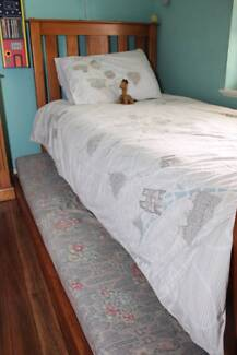 Solid Pine Single Bed with Trundle Epping Ryde Area Preview