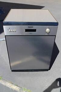 BLANCO Stainless Steel Dishwasher BFDW670S $150 North Geelong Geelong City Preview