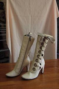 4 pairs - Almost brand new Boots - $30 per pair Mount Pleasant Melville Area Preview