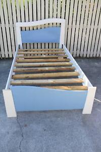 King Single wood Bed good condition Burpengary Caboolture Area Preview