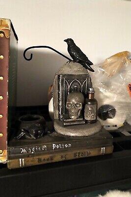 Yankee Candle Halloween Spell Books Skull Raven Potion Bottle Tart Burner