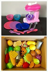 Play food, play kitchen