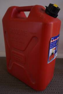 5.3 Gal Military Style Fuel Can