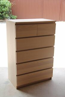 Near new Ikea Malm 6 drawers tallboy metal runner can deliver