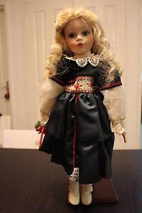 $15 for 2 lovely Porcelain dolls in excellent condition West Perth Perth City Area Preview