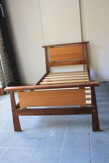 Single Hard Oak Wood bed Excellent condition