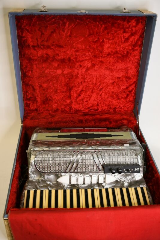 Petosa Grand Sano 25 Silver Custom Built Accordion W/Red Lined Blue Case Italy