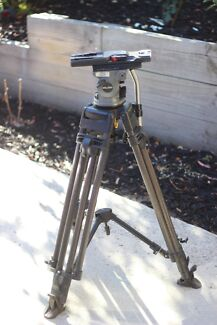 Miller Arrow 50 100mm tripod with Heavy Duty tripod legs