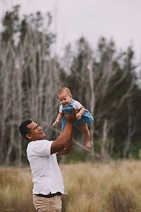 Family photographer available Killarney Vale Wyong Area Preview