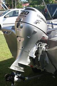 20hp Honda 4 stroke outboard electric start Tanah Merah Logan Area Preview