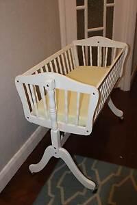 Beautiful white wooden cradle Bentleigh Glen Eira Area Preview