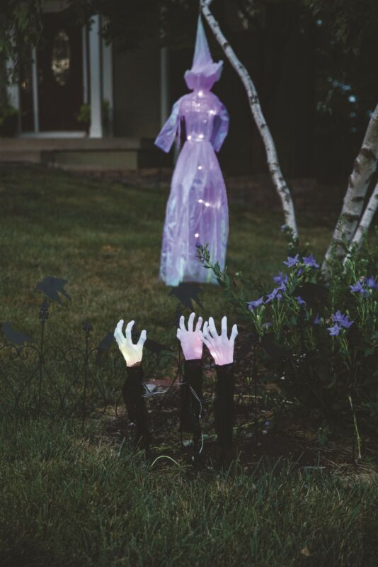 Victorian Trading Co 3 sets Zombie Halloween Light Up Hand Stakes 44A