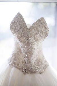 Wedding Dress•Princess Ball gown•Size 10