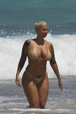 Ludivine Sagna Sexy Big Hips 8x10 Picture Celebrity Print, usado comprar usado  Enviando para Brazil