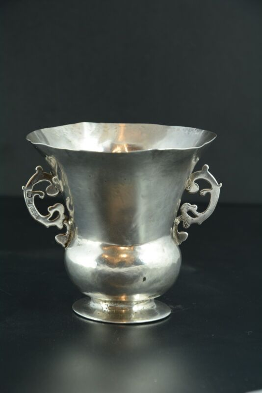 Silver Cup Bernegal type. 17th-18th centuries.