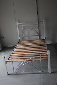 King Single size Wood Bed excelent condition Bridgeman Downs Brisbane North East Preview
