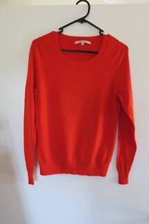 Review Jumper Size 10