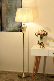 Beautiful Brass Floor Lamp NEW