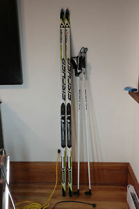 Ski skating Fisher, fixation Salomon, semelle impeccable 177cm